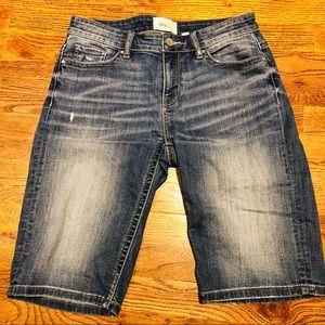 BKE Payton Bermuda shorts. 27.